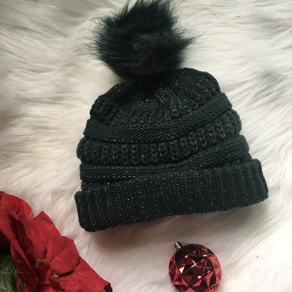 d100c9eeea55c Cozy Olive green chunky beanie Pom Pom hat